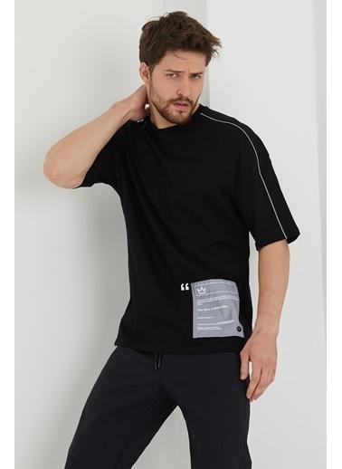 XHAN Lila Biye Detaylı Salaş T-Shirt 1Kxe1-44635-26 Siyah